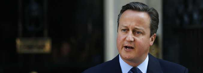 David Cameron resigns at the front of 10 Downing St. Source AAP