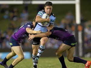 Sharks wary of Warriors' offloads