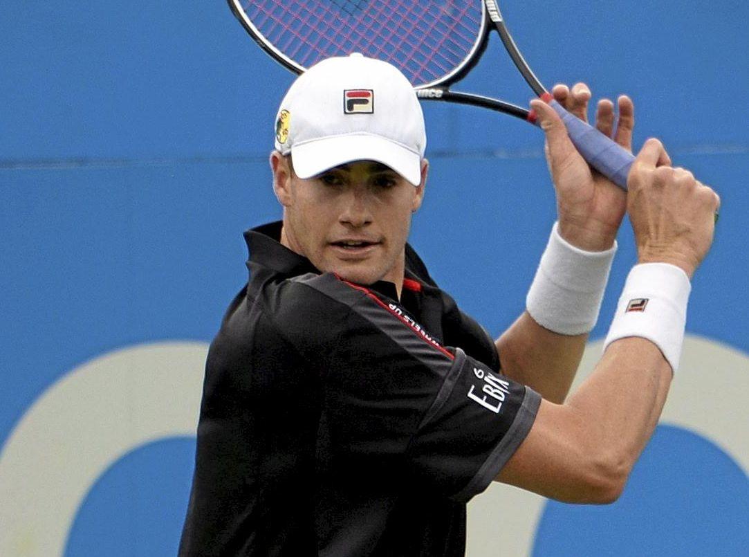 HRD SLOG: John Isner of the USA won a Wimbledon marathon against Nicholas Mahut.