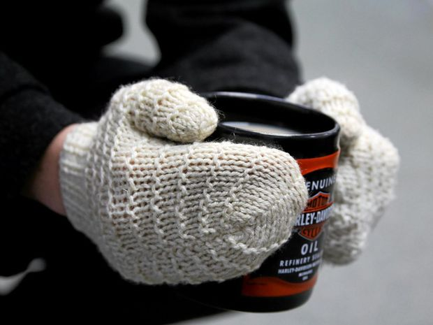 WINTER WARMERS: Cold weather brings out coats, mittens and mugs of warm tea.  Photo Tessa Mapstone / South Burnett Times