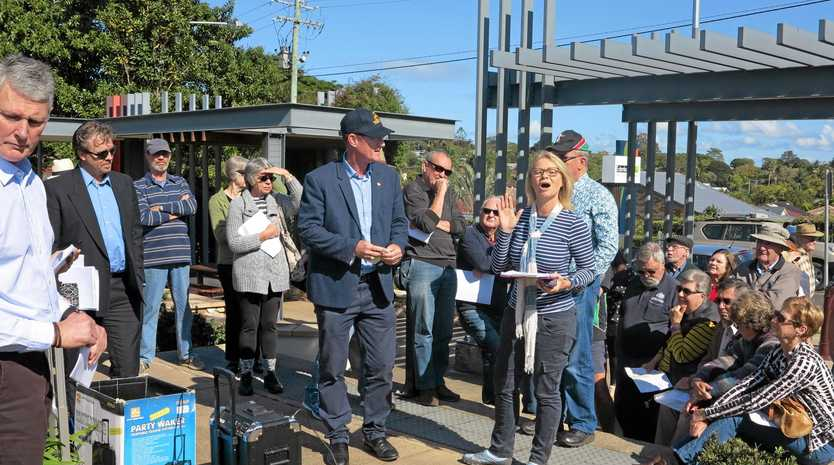 TRAFFIC WOES: Sharon Clarke of Buderim outlines her concerns at a community meeting last year.