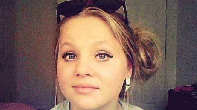 Hope Dell is remembered a fun, freedom loving, beautiful young lady by her family.