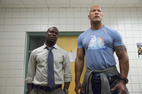 Dwayne Johnson and Kevin Hart in a scene from the movie Central Intelligence.