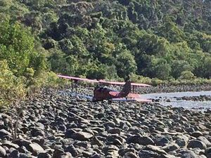 """Tiger Moth emergency landing: """"We're lucky to be alive"""""""