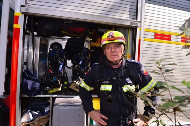 Firefighter Peter Watson at Mt Tibrogargan