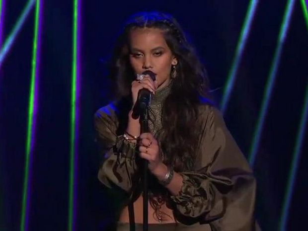 Aaliyah Warren performs Stay on The Voice semi-final.