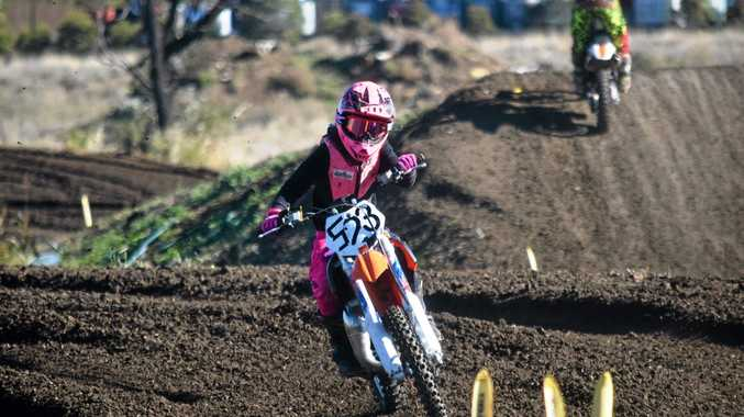 Motocross girls Nude Photos 28
