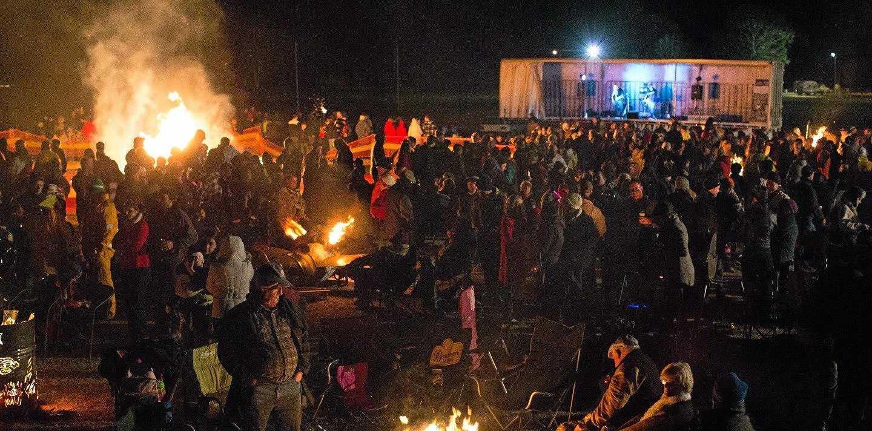 Wine, fire and tacos at Killarney Bonfire Night   Tweed