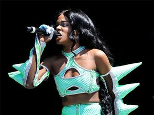 Azealia Banks cops flak for bleaching her skin