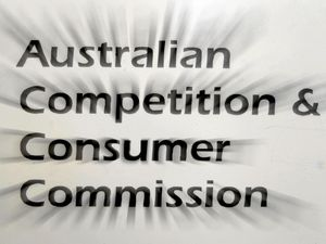 ACCC releases collective bargaining guide for SMBs, farmers