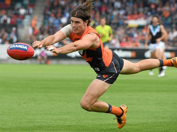 CLEARED TO PLAY: Phil Davis of the Giants should be back on deck for the clash with Collingwood.