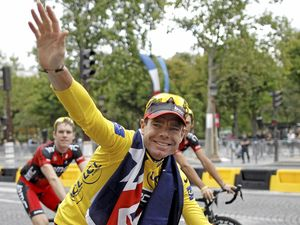 Cadel still king of the road