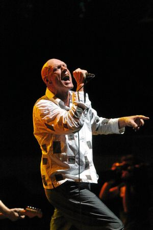 Musician, former federal Labor MP and activist Peter Garrett performing in Sydney.(AAP Image/Dean Lewins) NO ARCHIVING
