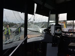 Bus and ute collide at Forest Glen