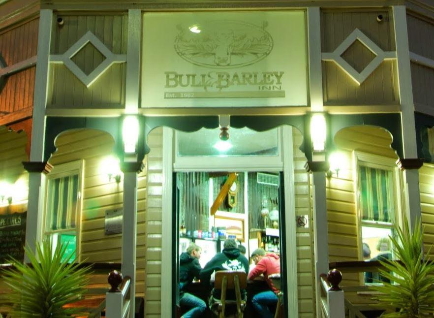 Bull and Barley Inn, Cambooya