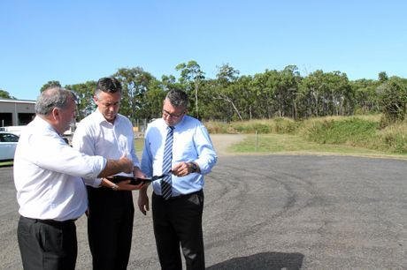 ROADS CONNECTING: Mayor Jack Dempsey (left) with Federal Minister for Infrastructure and Transport Darren Chester and Member for Hinkler Keith Pitt discuss the Coalition commitment of $1.4 million to push ahead with the connection of Kay McDuff Dr and the Bundaberg Ring Rd.