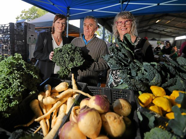 THOUGHTFUL: Tweed Council's Liz Collyer with food producer Des Cecil and Murwillumbah Farmers' Market co-ordinator Sue Beckinsale at the market.
