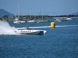Bowen Superboats prove a blast