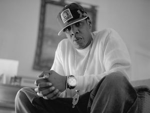Fraudsters use Jay-Z to target Toowoomba