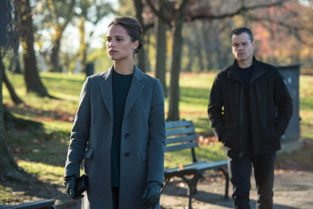 Alicia Vikander and Matt Damon in a scene from the movie Jason Bourne.