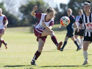 Willowburn and Warwick meet in SWL football