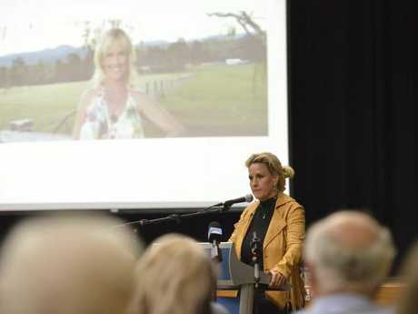 Shine Lawyers ambassador and environmental activist Erin Brockovich addresses the large crowd in Oakey regarding underground water contamination in the area.