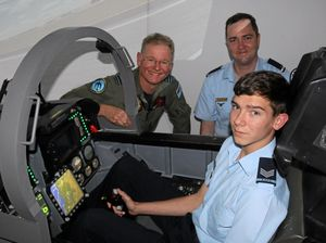Cadets fly high in F/A-18 simulator