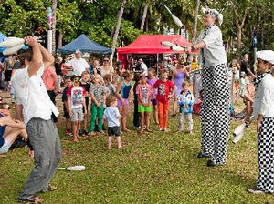 Family fun on Airlie foreshore