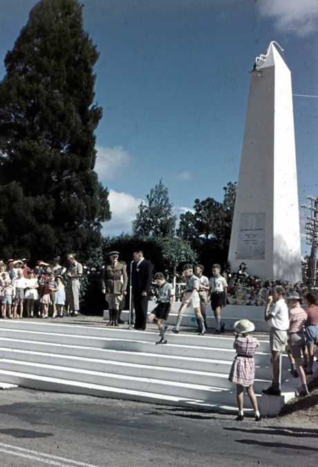 Anzac Day service at the Nambour Cenotaph, ca 1965.