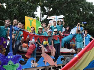Reef Festival parade storms into town