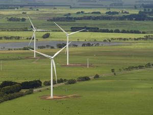 Councillors rebut wind farm worries