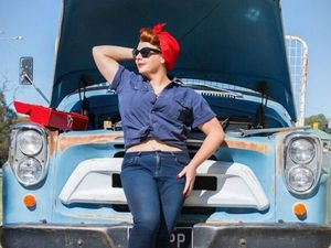 Let inner Rockabilly shine at bombshell photoshoot