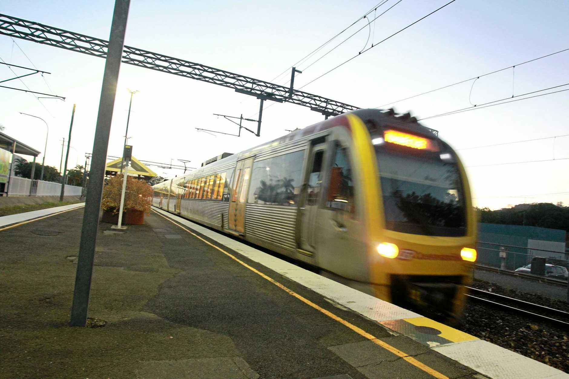The afternoon train from Brisbane arrives at the Nambour Railway Station.