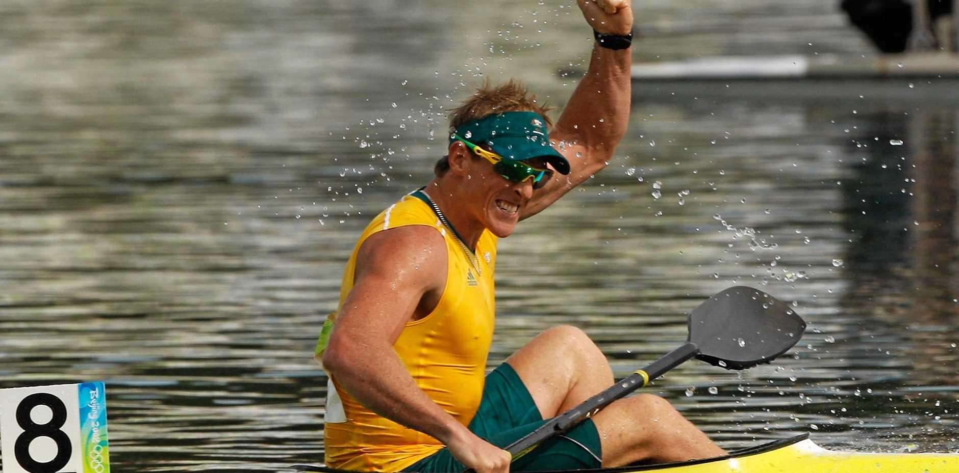 Ken Wallace wins gold in the K1 in Beijing