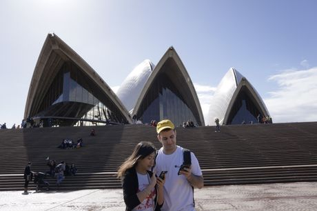 Pokemon Go master Nick Johnson visiting the Opera House