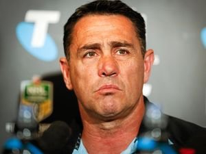 Sharks coach signs on until 2019