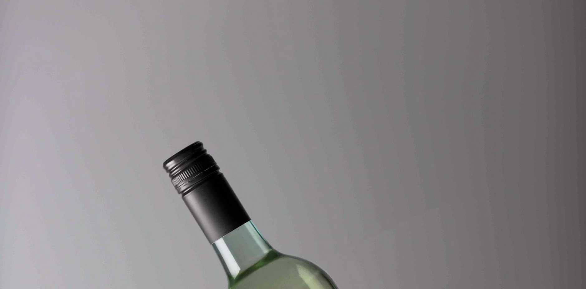 Risky Business King Valley Pinot Grigio (2016, $25): If it's a bit risky spending $25 on a pinot grigio you haven't tried, it might as well be this one. Anyway, what's this review for? Rating: 8.6/10.
