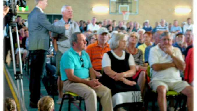 Making a stand for Peregian Springs community - more than 500 people demand to the local golf club is saved from further development.