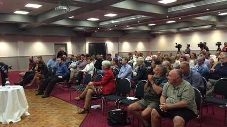 Rockhampton community gathers at forum hosted by Opposition leader Bill Shorten