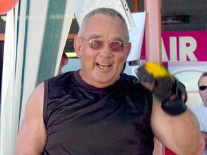 Bay's oldest strongman muscles up for veterans
