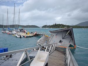 Charter yacht jetty sinks in Shute Harbour