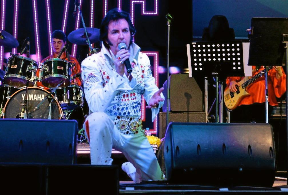 RETRO ROCK: Pete Memphis brings the King to life