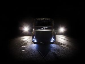 Which manufacturer is set to smash world speed record with this 2,400HP custom truck?