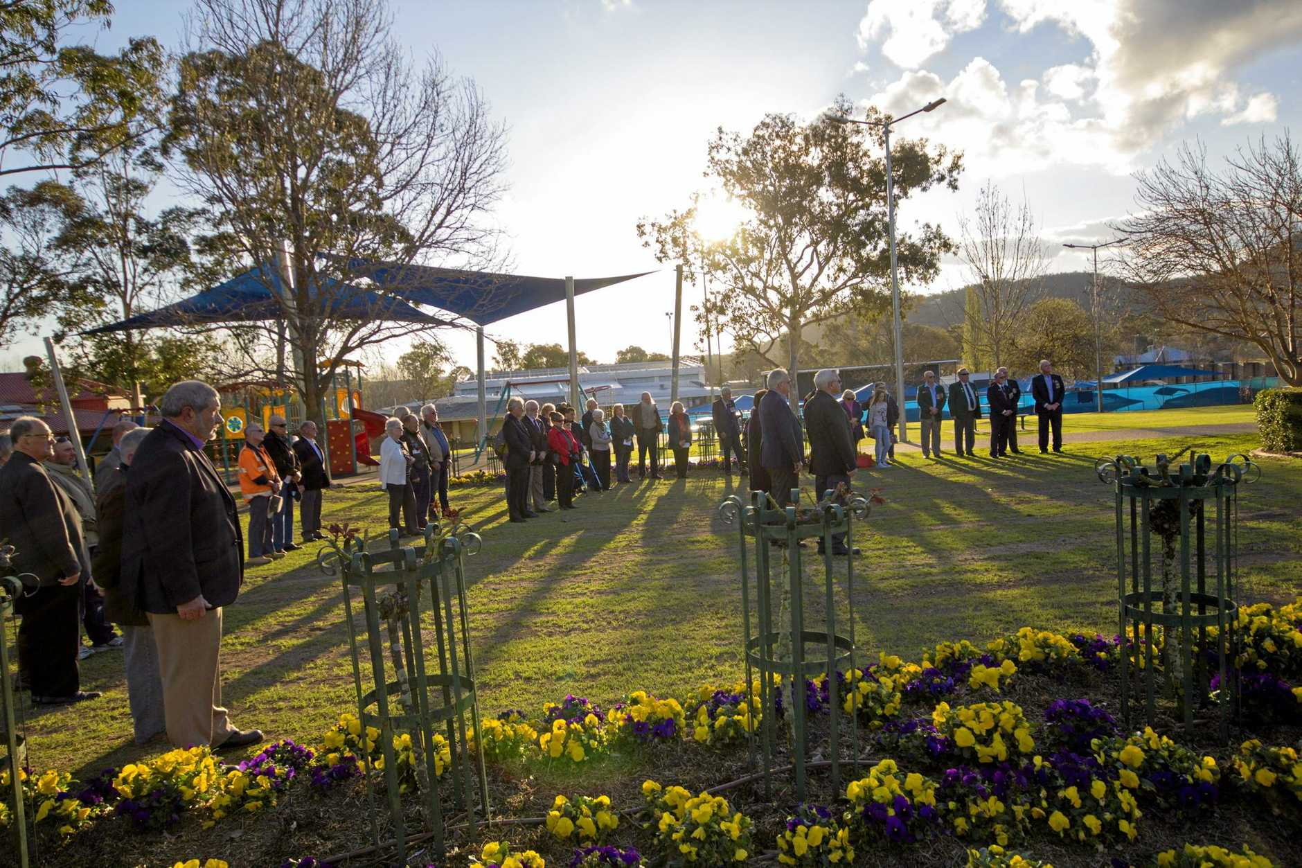 Vietnam veterans joined with the community in Stanthorpe on Thursday to commemorate the Battle of Long Tan.