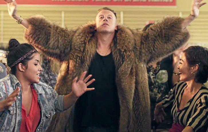 A still from the Thrift Shop by Macklemore, Ryan Lewis.