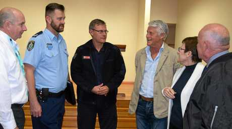 Gary Thomas (Alzheimer's NSW), Brad Foster (Tweed-Byron LAC), Gary White (Fire and Rescue NSW), Tweed MP Geoff Provest, Vicki and Graeme Noonan.