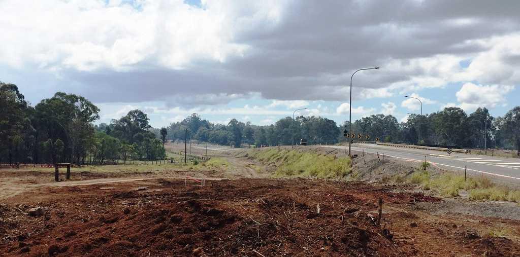 Roadworks at the Tinana Interchange looking north along the temporary alignment.