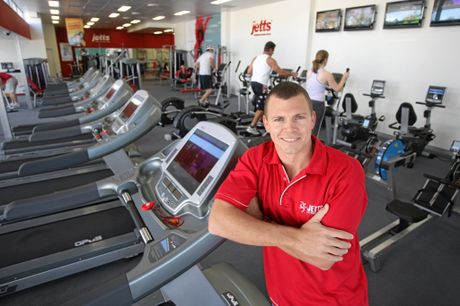 2008: Brendon Levenson, owner of Jett's Fitness Mooloolaba, back when the phenomenon first began. Jetts first launched in 2007. Photo: Cade Mooney/Sunshine Coast Daily