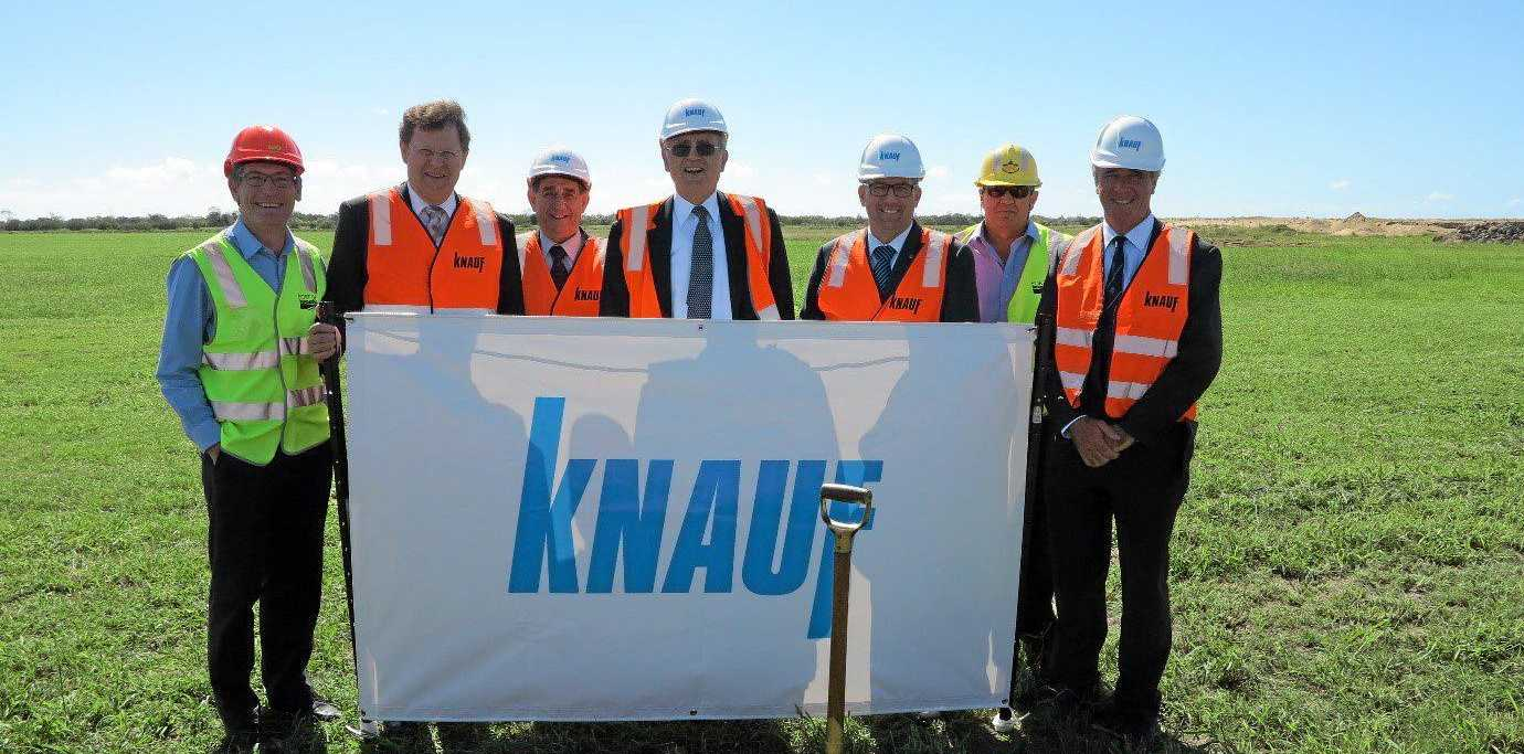 From left to Right: Jason Pascoe (Manager - Port of Bundaberg), Manfred Grundke (Knauf Group Managing Partner), Mal Forman (Mayor - Bundaberg Regional Council), Baldwin Knauf (Chairman of Knauf Shareholders' Committee), Keith Pitt (Federal Member for Hinkler), Andrew Davies (Business Operations Manager, Gladstone Ports Corporation), Bill Moorhead (Non-Executive Director - Gladstone Ports Corporation).