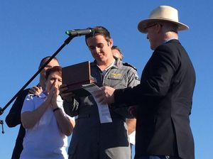 Lachlan Smart given key to the city after record flight